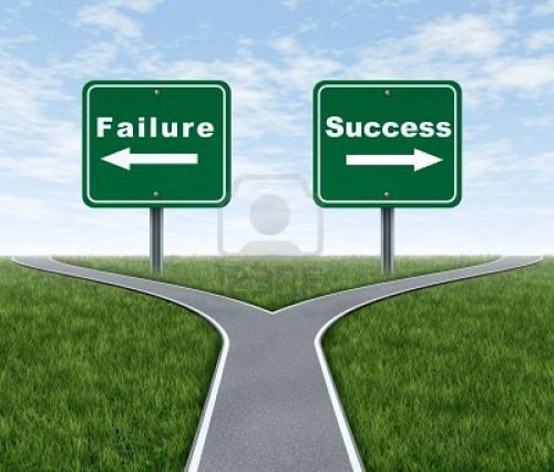 success_failurer_road_sign